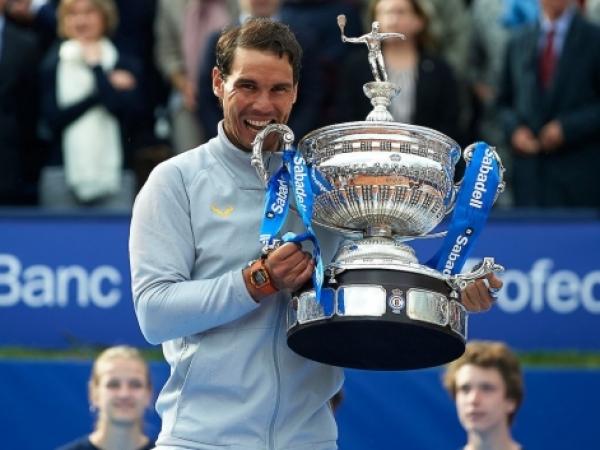 Rafa Nadal conquista su 11º título en Barcelona - Feliciano y Marc López ganan el dobles