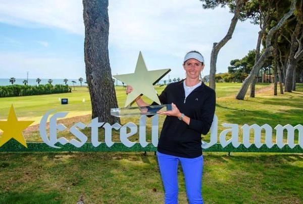 Florentyna Parker gana el Estrella Damm Mediterranean Ladies Open en el play off ante Carlota Ciganda y Anna Nordqvist