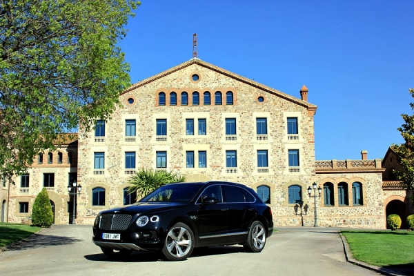Bentley Bentayga, la cima de los SUV