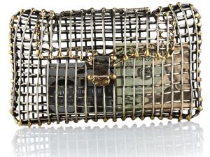 Clutch Caja, responsable de crear un antes y un después en el diseño de bolsos