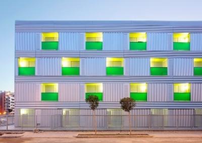 Un bloque de viviendas que permiten intercambiar el salón y las habitaciones gana el premio a la mejor Vivienda Social 2009