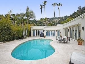 Vuelve a la venta la Mansión de Penelope Cruz en Hollywood Hills