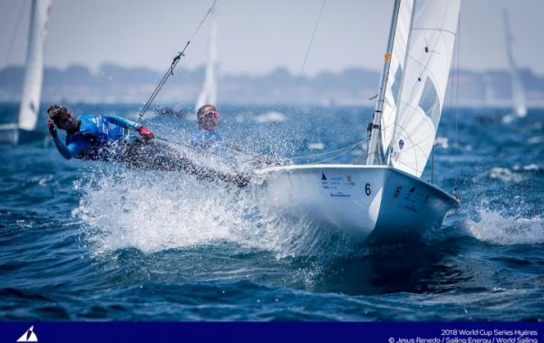 Dos bronces y cinco tripulaciones españolas en el Top 10 de la Copa del Mundo - World Sailing