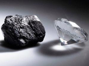 Ya se pueden fabricar diamantes en el microondas