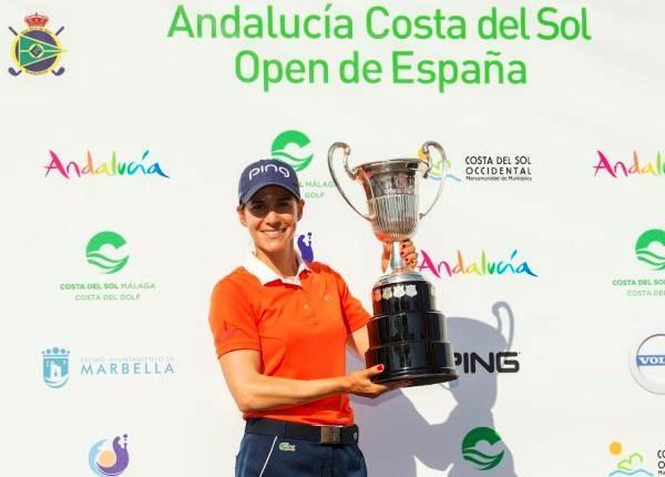 Azahara Muñoz gana por segunda vez consecutiva el Andalucía Costa del Sol Open de España de Golf