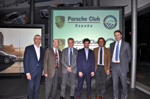 Presidente del Club Porsche España, Carlos Castillo, el presidente del Club 356, Andreu Casas, el Director de Prensa de Porsche Iberica, Jose Antonio Ruiz y directivos de Centro Porsche  Barcelona