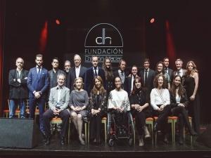 """Catálogo Benéfico """"DIEZ PERSONAS 10 AUTORRETRATOS"""" 2018"""