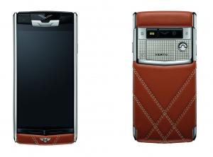 Vertu y Bentley conectan con un smartphone de edición especial