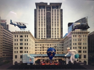Un viaje elevando: HSH celebra 150 años con globos gigantes