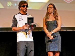 Fernando Alonso presenta la edición especial de cronógrafos Tag Heuer Senna
