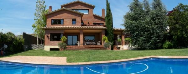 Casas en Sant Cugat a la venta
