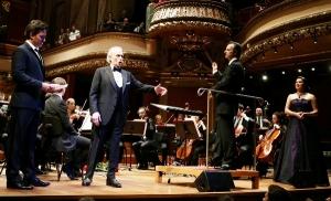 José Carreras y la Gstaad Festival Orchestra dirigida por David Giménez.