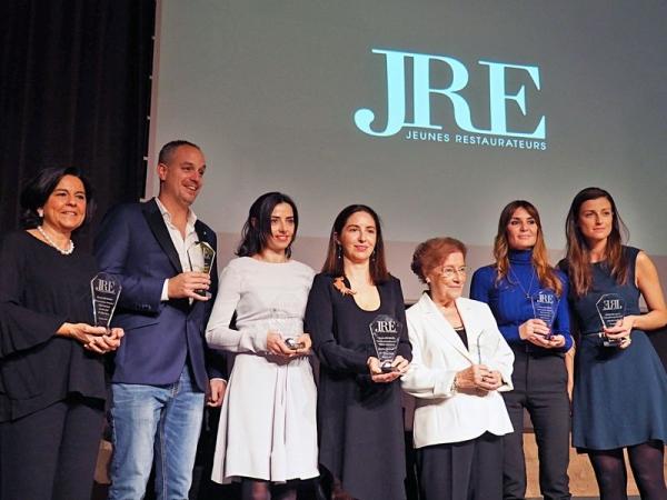 Entrega de Premios 'Gastronomía en Femenino' en la celebración del 25 aniversario de la JRE