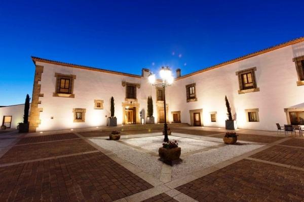 Hotel Palacio de Arenales - Cáceres