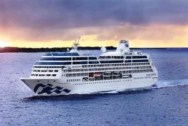 El Pacific Princess se renueva antes de iniciar el crucero de vuelta al mundo