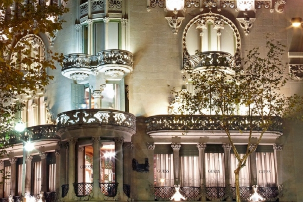 Visitamos la Casa Lleó i Morera del Paseo de Gracia de Barcelona, edificio modernista, obra del arquitecto Domènech i Montaner