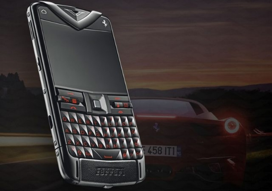 Vertu Constellation Quest Ferrari GT.