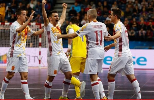 La selección española de fútbol sala gana el oro y vuelve a elevarse al cielo continental