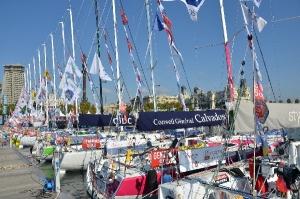 Los veleros de la clase Generali Figaro Solo parten del puerto de Barcelona