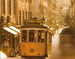 """Portada del libro """"Viaje a Portugal"""" del escritor José Saramago"""