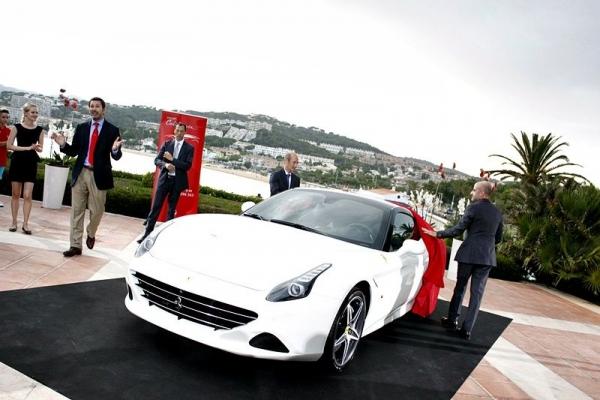 Presentación del nuevo Ferrari California T en el Hostal La Gavina de S´Agaró