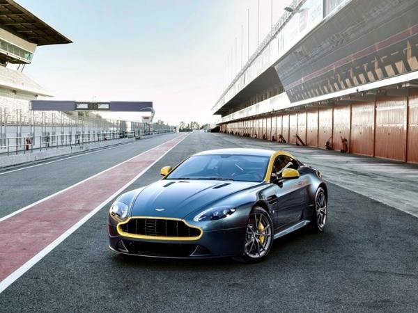 Aston Martin V8 Vantage N430, heredado de la competición e Inspirado en Nürburgring