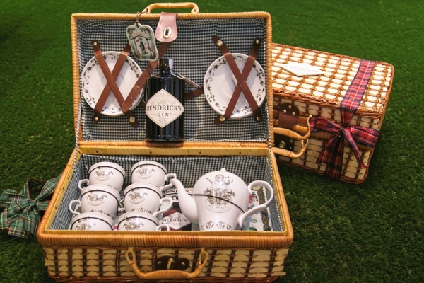 HENDRICK'S GIN CHRISTMAS TEA PACK