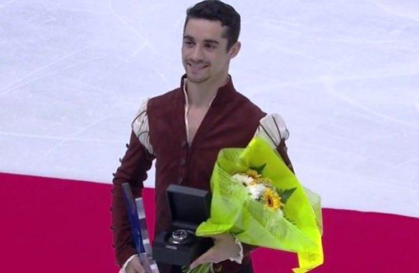 Javier Fernández, campeón del ISU GP FRANCE de patinaje artístico y Javier Raya segundo en la Merano Cup