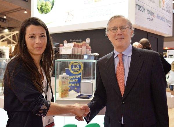 Laura Erra (Gerente de Liquats Vegetals) y Christian DE BAUW (Managing Partner de  iTQi)