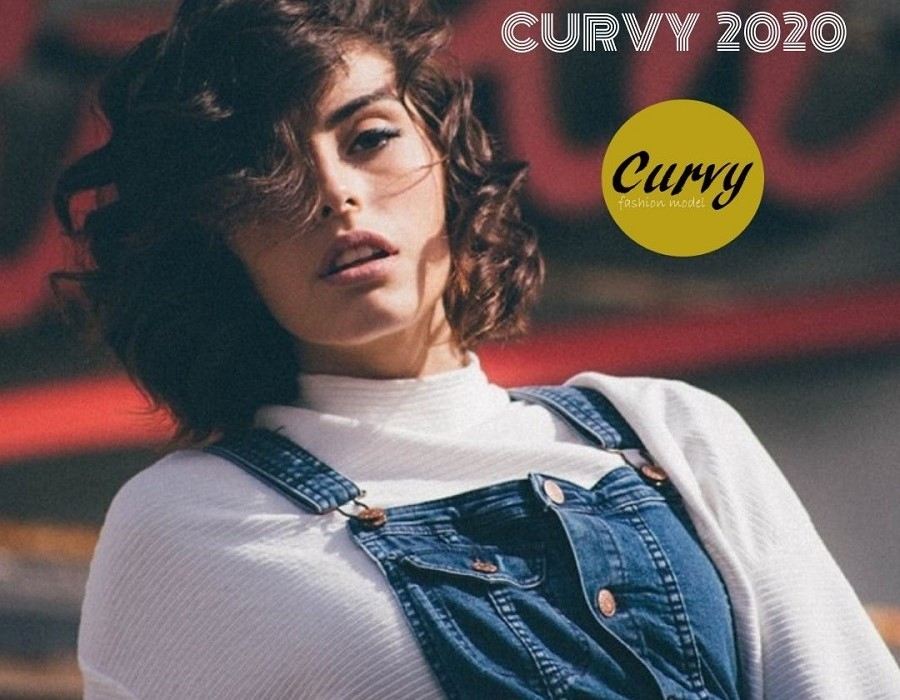 Curvy Fashion Model 2020