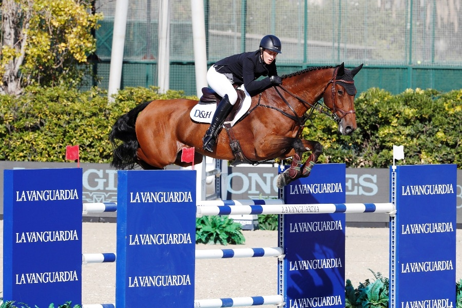 Holly Smith conquista el Trofeo La Vanguardia